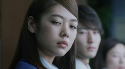 句點白目上司對話,日本流行擺藏狐臉