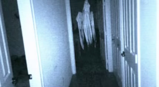 《Night Terrors》探索自己創造的猛鬼靈異景點