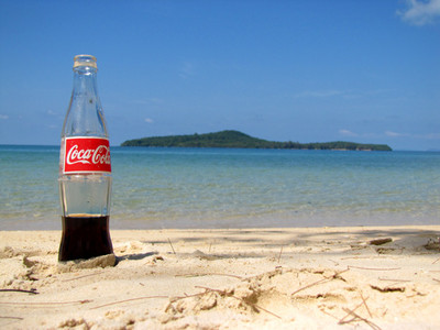 有天你困在荒島,身邊只有可樂和剪刀