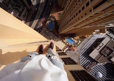 讓人腳軟的15秒,主視角體驗高樓跑酷