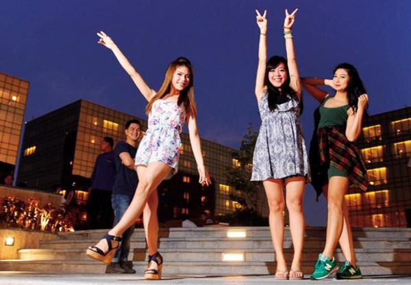商業周刊/台灣給不起! 小模赴菲律賓年收200萬