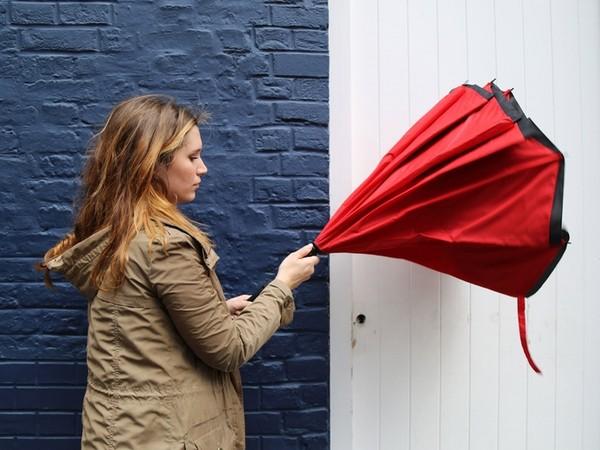 毀在收傘那一刻? 「反向傘」解決3000年濕身問題