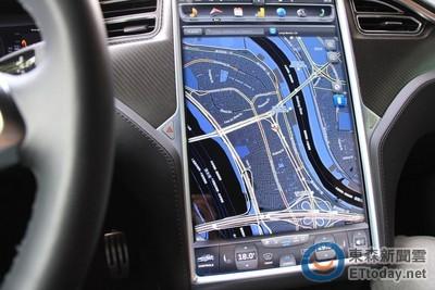 Jaguar設計總監不愛大尺寸螢幕