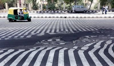 印度竟成熱浪煉獄~48℃馬路都融化o_O