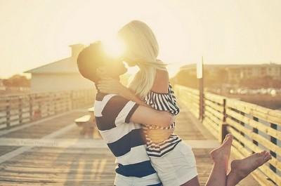 情侶限定服用 曬盡恩愛拍照Pose心法