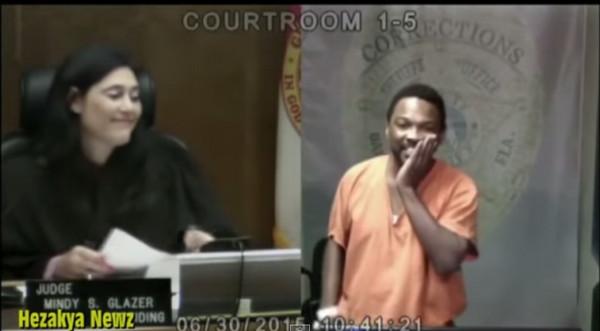 法官竟是老同學!竊盜犯痛哭「看到你在這裡我很難過」