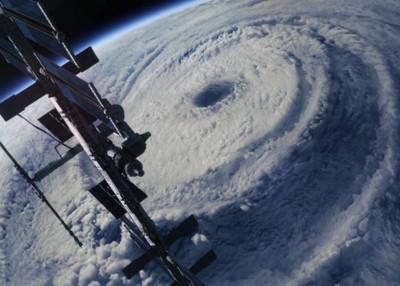 這麼多颱風都往沖繩去,是要開同學會嗎?