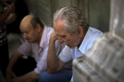 歐盟提出更嚴苛撙節 希民眾絕望:誰叫他們是老大