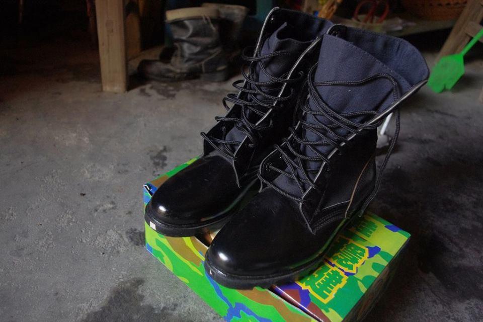 老翁想要大頭皮鞋 金防部貼心訂做「側拉式拉鍊」送他。(圖/翻攝「陸軍司令部」臉書)