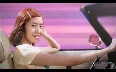 潤娥燦笑開車在旁的話,你方向盤還握得住嗎