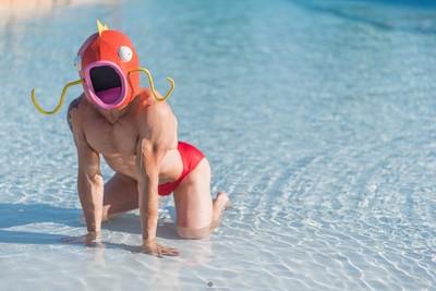 大肌肌帥哥Cos鯉魚王,剛剛誰說我沒用的?
