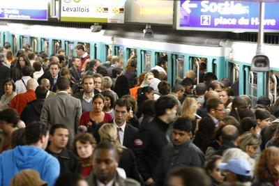 地鐵發履歷 法遊民:希望被看見