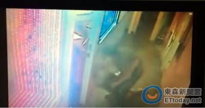 醉男KTV內打人 警來勸架也遭毆