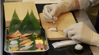外科實習生招募考,考題:做出0.5cm的壽司...