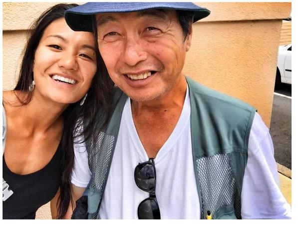 ▲黛安娜和爸爸重逢。(圖/翻攝自The Homeless Paradise)