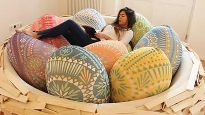 想睡得滿滿安全感,就窩在鳥巢裡吧!