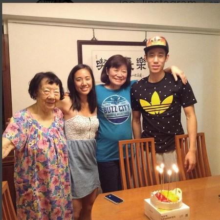 想念在台灣的媽媽 林書豪曬溫馨合照祝生日快樂