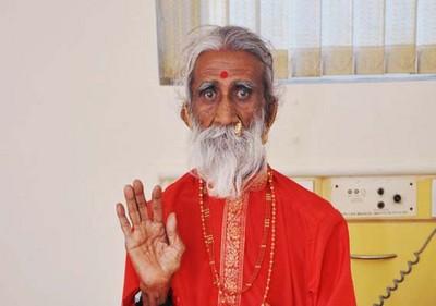 不吃不喝70年 印度宗師賈尼:人靠陽光就能活