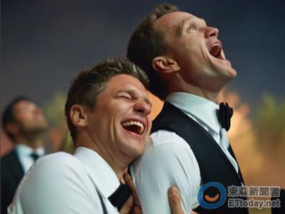 同志愛侶結婚1周年!尼爾派屈克謝老公 17萬網友淚讚