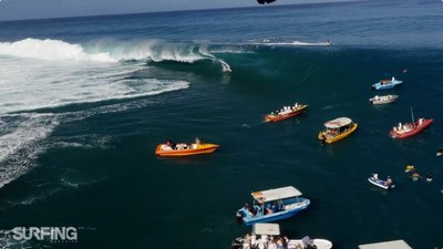 大溪地衝浪勝地!傳說中的巨浪連船都能吞噬