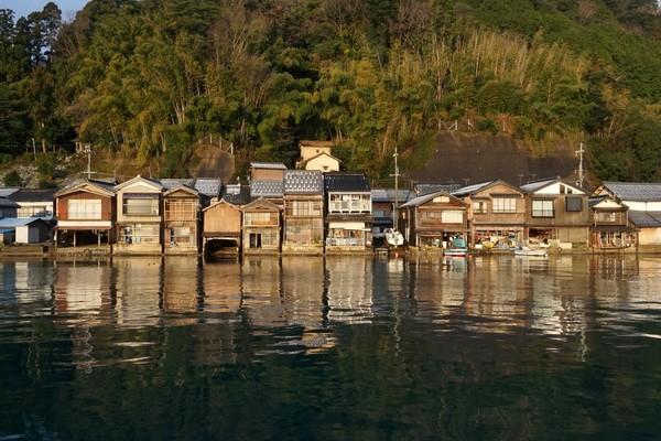 日本最美漁村「海上的京都」 下雪時美到爆
