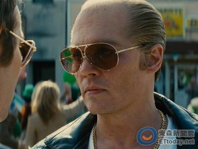 強尼戴普演黑道「白毛」上身 本尊在獄中譙:演得很爛
