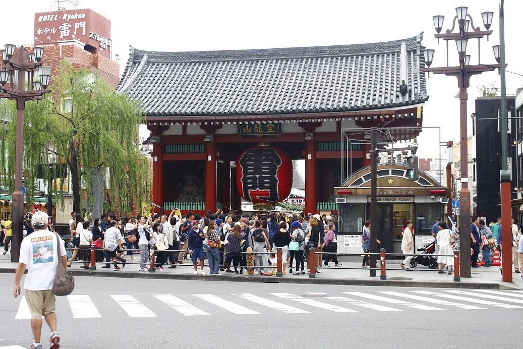 東京淺草寺雷門(圖/記者蔡玟君攝)