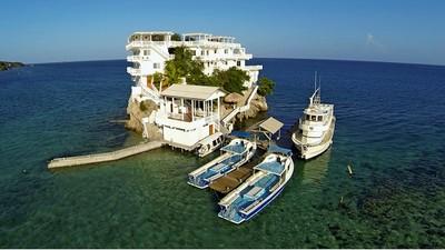 加勒比海孤島Villa,住6晚要噴掉我兩個月薪水..