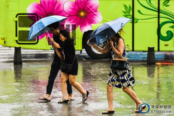 呂秋遠/颱風假,是我們拿薪水換得一天在家休息