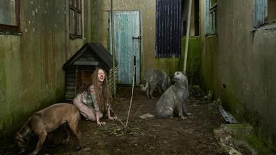 「被動物養大的孩子」重現真實存在的棄兒故事(上)