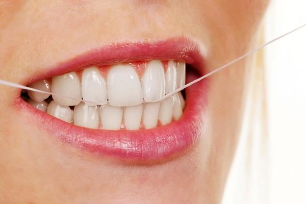 刷牙(圖/達志/示意圖)