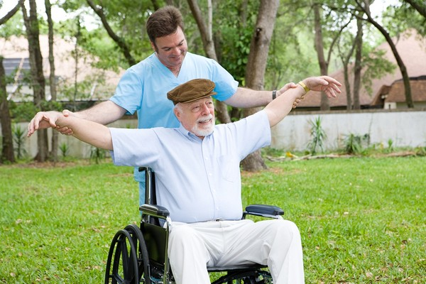 老人,輪椅。(圖/達志影像)