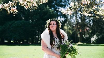 新娘拍單人婚紗,送給無緣到老的他..