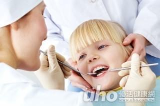 幼兒牙齒冒小黑點?研究:較不易蛀牙