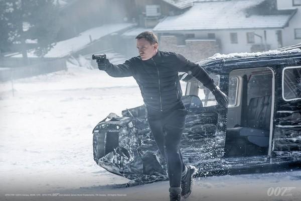 丹尼爾克雷格主演的《007惡魔四伏》上映。(圖/取自007詹姆士龐德粉絲專頁)