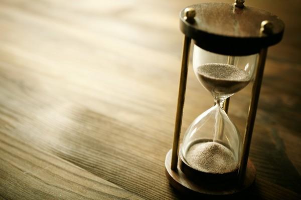 時間,時鐘,沙漏。(圖/達志/示意圖)