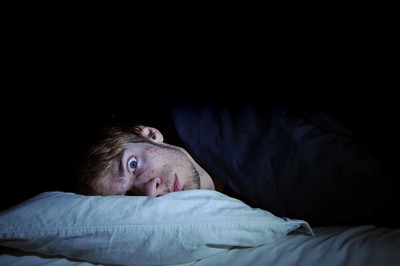 為啥睡飽了還是累?原來這些「擾眠因子」讓你睡覺都白睡