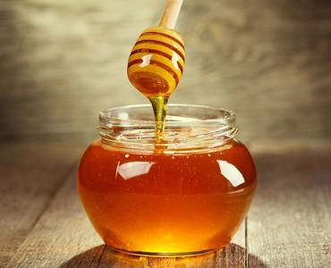 蜂蜜、大蒜同時吃有害健康? 食藥署打臉:無科學根據