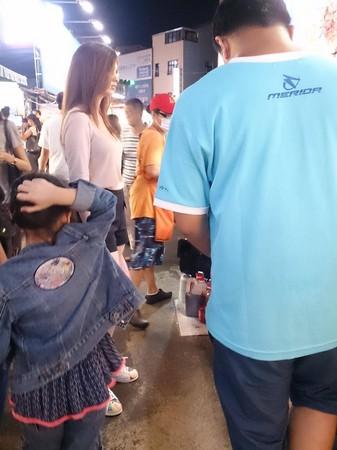 台北,士林夜市,批踢踢表特版,東歐,洋娃娃,瀧澤蘿拉,烏克蘭