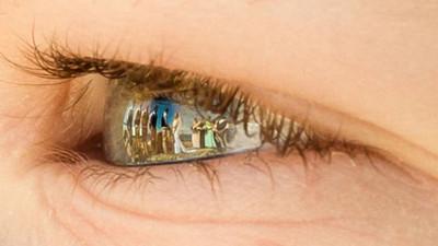 「你是我眼中最美的風景」 倒映在眼瞳裡的婚禮照