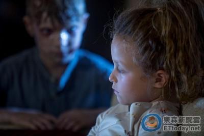 《陰屍路》3季女星靠「靈媒」尋兒 慘遭靈異事件纏身