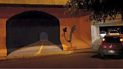 路旁超白目壁畫,橋墩畫個假隧道…真有人撞上去了啦