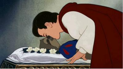 當迪士尼公主變成樹懶…看著這張臉王子還親得下去?