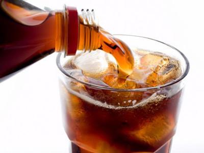 用毒品來比喻你常喝的8種碳酸飲料