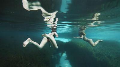 你有「深海恐懼症」!其實都是災難片害的?