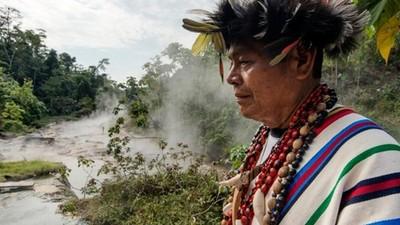 亞馬遜叢林深處的滾滾河流…是沸騰的那種滾滾啊!
