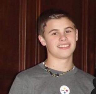 美校園喋血 14歲男生槍傷4同學