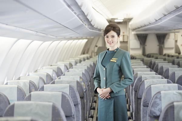 長榮航空2016年預計招募600名空服員。(圖/長榮航空提供)