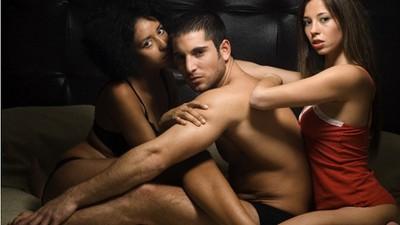 男生帶套嫖妓vs無套啪砲友,哪個比較髒?