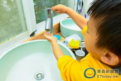 今年首例!2歲女童染腸病毒克沙奇A5型 發病一天變重症